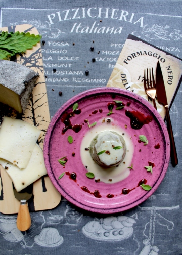 Tortino-di-polenta-e-formaggio-nero-della-nona