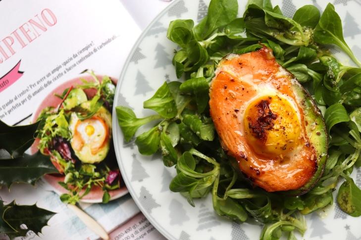 avocado-con-salmone-e-uova