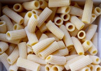 rigatoni-pastificio-bolognese-muzzarelli